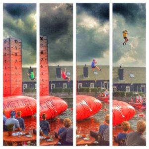 Diverse kandidaten worden gelanceerd tot 10 meter hoogte (Bron: Henk Brandsma/Twitter)